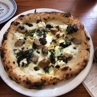 Foto scattata a Daddy Greens Pizzabar da Valery B. il 9/8/2018