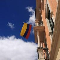 Das Foto wurde bei Hotel de la Opera von Gina am 12/26/2012 aufgenommen