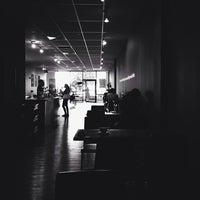 10/29/2013 tarihinde Jonathan T.ziyaretçi tarafından Vespr Craft Coffee & Allures'de çekilen fotoğraf
