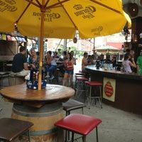 รูปภาพถ่ายที่ Park Street Cantina โดย G. A. เมื่อ 6/9/2013