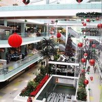Foto scattata a Athens Metro Mall da Athens Metro Mall il 12/7/2015