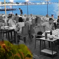 Foto diambil di İstasyon Restaurant oleh kim t. pada 7/11/2014