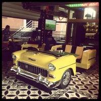 10/24/2012 tarihinde Kürşatziyaretçi tarafından Big Yellow Taxi Benzin'de çekilen fotoğraf