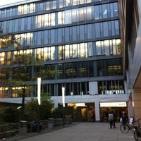 Foto tomada en Hit Markt por noi el 10/23/2012