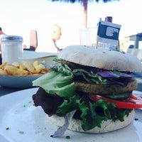 Снимок сделан в Surfcafe - Strandbar пользователем Alisa S. 9/25/2016