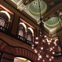 Foto scattata a Pera Palace Hotel Jumeirah da The Guide Istanbul il 11/10/2012