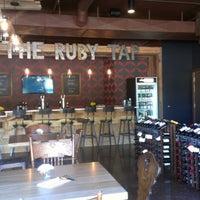 Photo prise au The Ruby Tap par Connie K. le9/15/2012