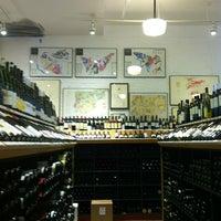 Das Foto wurde bei Chambers Street Wines von Vanessa N. am 8/31/2013 aufgenommen
