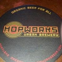 Foto scattata a Hopworks Urban Brewery da Kenny A. il 9/23/2012