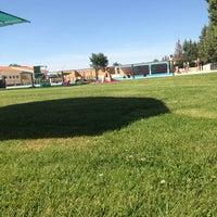 Foto diambil di Piscina Municipal de Toro oleh Bea pada 6/14/2014