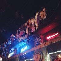 Foto scattata a Coyote Ugly Saloon da Laura J. il 9/12/2013