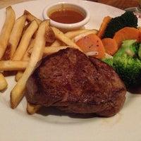 9/30/2012にSatoshi F.がOutback Steakhouse 名古屋栄店で撮った写真