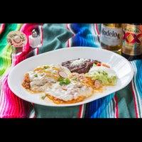 Foto tirada no(a) Quetzalcoatl Fine Mexican Cuisine and Bar por Quetzalcoatl Fine Mexican Cuisine and Bar em 6/19/2015