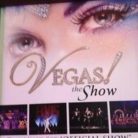 Foto tomada en VEGAS! The Show por Marcy B. el 3/10/2013
