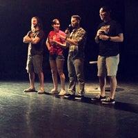 Foto tomada en Frenetic Theatre por 💀Kara S.👊 el 6/14/2015