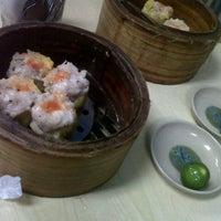 Снимок сделан в Wai Ying Fastfood (嶸嶸小食館) пользователем Raul O. 9/15/2012