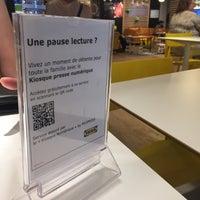 Photo prise au IKEA Restaurant & Café par Christian R. le7/14/2018