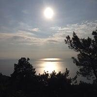 10/19/2013 tarihinde Yaren R.ziyaretçi tarafından Yücetepe Kır Gazinosu'de çekilen fotoğraf