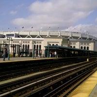 9/22/2012にKaushal A.がMTA Subway - 161st St/Yankee Stadium (4/B/D)で撮った写真