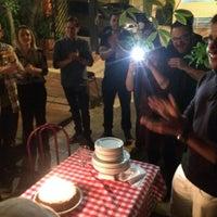 Foto tirada no(a) Parigi Pizzaria e Bistrot por Rafael G. em 9/22/2016