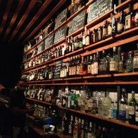 Das Foto wurde bei Sycamore Flower Shop + Bar von Elizabeth P. am 9/18/2013 aufgenommen