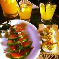 5/19/2013に🍷Five O'Clock SomewhereがLa Grande Orange Cafeで撮った写真