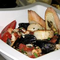 Снимок сделан в Canyon Restaurant пользователем Canyon Restaurant 8/7/2015
