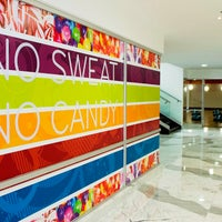 3/11/2014 tarihinde Hard Candy Fitness Mexicoziyaretçi tarafından Hard Candy Fitness Mexico'de çekilen fotoğraf