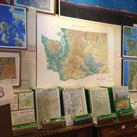 Das Foto wurde bei Metsker Maps von Natalie am 7/26/2013 aufgenommen