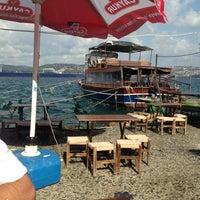 Das Foto wurde bei Taka Balık Ekmek von Gökçe K. am 8/24/2013 aufgenommen