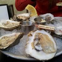 Foto scattata a Liberty Kitchen & Oyster Bar da Stephanie M. il 2/1/2013