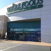 Das Foto wurde bei Whole Foods Market von Miranee am 2/17/2013 aufgenommen