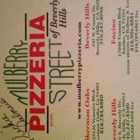รูปภาพถ่ายที่ Mulberry Street Pizzeria โดย Youngje C. เมื่อ 1/2/2013