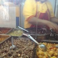 Das Foto wurde bei Tacos sarita von Zuri P. am 10/12/2012 aufgenommen
