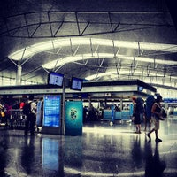 Photo prise au Tan Son Nhat International Airport par Muhammed Fitry le5/30/2013