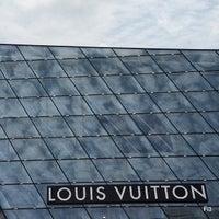 Foto scattata a Louis Vuitton Island Maison da Muhammed Fitry il 5/29/2013