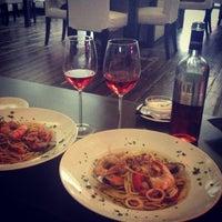 Foto scattata a Caffe Italia da Мария il 5/30/2013