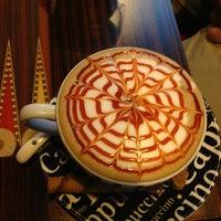 Снимок сделан в Best Coffee House пользователем Muhammet Ebrar 5/2/2013