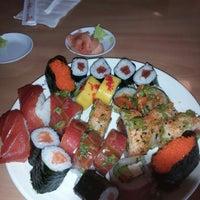 รูปภาพถ่ายที่ Nori Nori Japanese Buffet โดย Shawn M. เมื่อ 11/4/2012