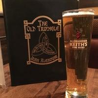 Foto scattata a The Old Triangle Irish Alehouse da Yvon D. il 1/19/2017