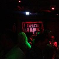 Das Foto wurde bei American Junkie von Aebbey am 7/7/2013 aufgenommen