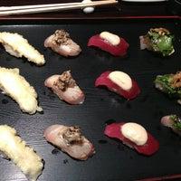 Photo prise au Sushi of Gari 46 par Hera K. le2/11/2013