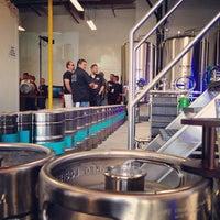 5/10/2014 tarihinde John H.ziyaretçi tarafından Beach City Brewery'de çekilen fotoğraf