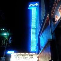 Photo prise au Busby's East par Brian S. le10/13/2012