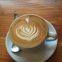 รูปภาพถ่ายที่ Strawberry Coffee โดย Johanna เมื่อ 9/15/2015