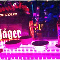 Photo prise au M Pub & Lounge par Emre D. le4/20/2013