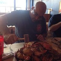 Foto tomada en Blue Crab por Israel N. el 9/6/2014