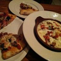 Foto scattata a Bertucci's da Jessica il 10/15/2012