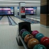 รูปภาพถ่ายที่ Rolling Ball Bowling โดย Ahmet Can E. เมื่อ 9/28/2012