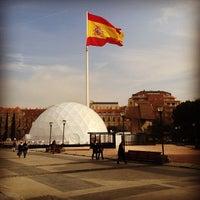 Foto tomada en Plaza de Colón por Alexander T. el 1/10/2013
